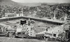 Genre/Subject Matter This image shows the Caaba and Sanctuary at Mecca from an elevated position due east of the Masjid al-Haram, or Grand Mosque. Parts of the northwest and southwest of the city of Mecca Masjid, Masjid Al Haram, Mecca Images, Louvre Abu Dhabi, Exposition Photo, Rare Historical Photos, Rare Photos, Vintage Photos, Expansion