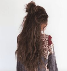 Night Hairstyles, Wedding Bun Hairstyles, Bun Hairstyles For Long Hair, Casual Hairstyles, Party Hairstyles, Headband Hairstyles, Summer Hairstyles, Mullet Hairstyle, Workout Hairstyles