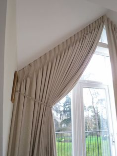 Window curtains for attic rooms – 20 modern ideas, - Sunroom Windows Sunroom Windows, Blinds For Windows, Curtains With Blinds, Window Curtains, Beige Curtains, Luxury Curtains, Cool Curtains, Triangle Window, Gable Window