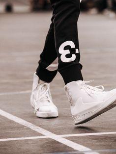 http://chicerman.com  josh-habit:  streetbefashion:  Dress Well Or Die Trying:Followstreetbefashion  josh-habit  #streetstyleformen
