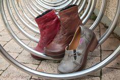 ואוו...החורף מעולם לא נראה קלאסי יותר...  קלאסיק מסדרת אותך לחורף עם סוליה גמישה ומיוחדת מעור נאפה.  כדי שתישארי קלאסית גם מבחוץ, וגם מבפנים.    נעליי קלאסיק,   נעליים שאוהבות אותך. גם בחורף.   ויצמן 70, כפר סבא מול קניון ערים.   לדף הפייסבוק של נעלי קלאסיק: https://www.facebook.com/classic70