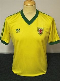 half off 4ee7b 9bcb0 41 Best Wales Football Shirts images in 2017 | Wales ...