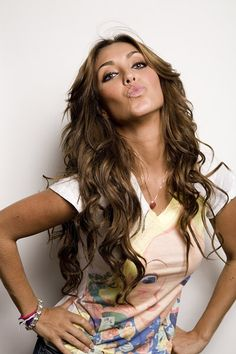 anahi dating life Speaking of anahí    just like alfonso and dulce, christopher and the actress-turned-singer (who is now married to the governor of chiapas, mexico.