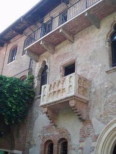 verona-balcony