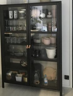 Decor, Kitchen Inspirations, Cabinet, Deco, Ikea, Glass Cabinet, Sweet Home, Kitchen Dinning, Craft Room