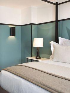 chambre design bleu et noire