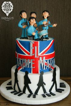 Isbilya Cakes. Yo quiero un pastel así para cuando cumpla 35!!