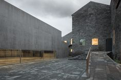 arquipelago centro das artes contenporaneas - Menos é Mais, arquitectos associados
