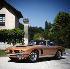 The golden Iso Grifo 7 litri by Maserati, Bugatti, Lamborghini, Ferrari, Bmw E30, Alfa Romeo, Rolls Royce, Porsche 911, Jaguar