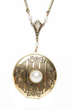 Floral Pearl Locket Necklace