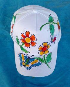 Springtime blossoms on baseball cap.- Springtime blossoms on baseball cap.Hand painted Deborah Willard aka Will… Springtime blossoms on baseball cap. Sharpie Projects, Sharpie Crafts, Sharpie Art, Sun Visor Hat, Visor Hats, Painted Hats, Hand Painted, Girl Scout Crafts, Fancy Hats