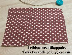 DIY Turbaanipipo rusetilla - Punatukka ja kaksi karhua Diy Baby Headbands, Turban Headbands, Turban Headband Tutorial, Kids Hats, Sewing Crafts, Origami, Outdoor Blanket, Handmade, Sewing Ideas