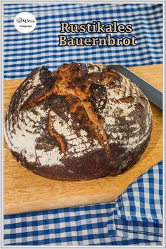 Food N, Food And Drink, German Bread, Ritz Crackers, Pampered Chef, Sweet And Salty, Bread Baking, Bread Recipes, Bakery