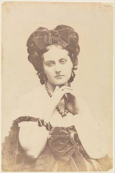 La divine comtesse de Castiglione : http://portailblog.tumblr.com/post/47046731649/comtesse-de-castiglione