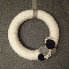 I made this yarn wreath for a Pinterest Challenge