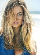 RECIPE FOR FINE TO MEDIUM HAIR  Mist Surf Spray on damp hair focusing on roots. Layer Grooming Creme roots to ends. Air dry for natural definition or diffuse for a sexy, beach texture.