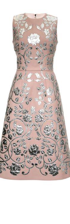 Frivolous Fabulous - Dolce & Gabbana Fall WInter 2015