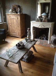 Wonderfully natural room in neutrals Stoer landelijk - primitive family room