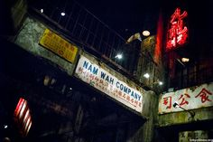The Kowloon Walled City in Hong Kong was built gradually – building on top of building – over time. Without a single architect, the ungoverned and most densely populated district became a haven fo Hong Kong, Kowloon Walled City, Japanese Games, Japanese Art, City Aesthetic, Amusement Park, Arcade, Tokyo, Things To Come