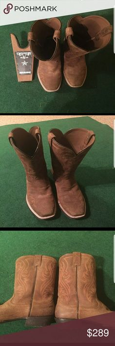 Texan Cowboy Boots From Cavenders(Ariat) Texan boots with wooden boot remover / jack • boots are$215  • extra$ 20 for the jack • worn twice, as good as new • size : US 11D • for #Halloween #fall #Thanksgiving #gift #birthday #boots #travel Ariat Shoes Cowboy & Western Boots