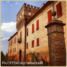 La #PicOfTheDay #TurismoER oggi è in visita alla Delizia di Benvignante di #Argenta, #Ferrara, un palazzo del 1464 costruito per conto del duca Borso dEste. Complimenti e grazie a @laozani