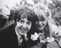 #PaulMcCartney with girlfriend Jane Asher, 1968