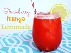 Strawberry Mango Lemonade Recipe Make lemonade with fresh lemons and mango juice from fresh mango Lemonade Punch Recipe, Strawberry Lemonade Punch, Mango Lemonade, Strawberry Drinks, Sparkling Lemonade, Blueberry Lemonade, Lavender Lemonade, Refreshing Drinks, Summer Drinks