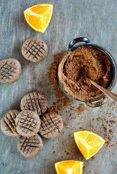 VeganSandra - tasty, cheap and easy vegan recipes by Sandra Vungi: Soft cocoa and orange cookies