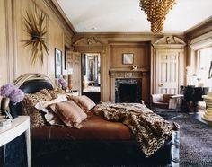 Traditional room... Updated... via Kelly Wearstler