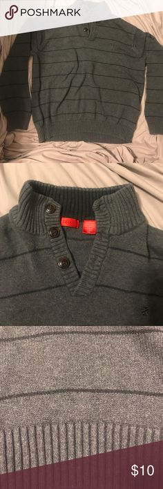 Men's grey sweater - izod Grey men's sweater. Thick warm and good material. Izod Sweaters