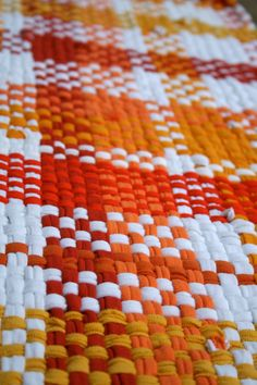 Hand woven recycled t shirt rag rug Sunshine by TheSomedayHouse Recycled T Shirts, Weaving Projects, Custom Rugs, Weaving Patterns, T Shirt Yarn, Weaving Techniques, Woven Rug, Lana, Rag Rugs