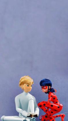 Les Miraculous, Adrien Miraculous, Miraculous Ladybug Wallpaper, Miraculous Ladybug Funny, Ladybug Comics, Miraclous Ladybug, Mlb Wallpaper, Music Images, Bugaboo
