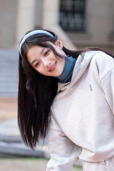 Kim Yoo Jung, Laneige, Winter Hats, Actresses, Fashion, Female Actresses, Moda, Fashion Styles, Fashion Illustrations