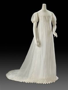 Dress, ca 1805 France, MFA Boston