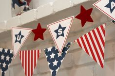 Free printable patriotic stars and stripes americana banner 4th Of July Celebration, 4th Of July Party, Fourth Of July, Holiday Crafts, Holiday Fun, Free Printable Banner, Free Printables, Patriotic Decorations, Patriotic Bunting