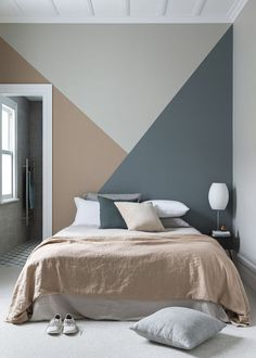 Geometric mural for a colorful decor . Geometric mural for a colorful decor design Peinture murale géométrique pour une déco pleine de couleur 0 Source by Wall Murals Bedroom, Bedroom Wall Designs, Mural Wall, Cozy Bedroom, Paint Ideas For Bedroom, Boys Room Paint Ideas, Living Room Walls, Living Spaces, Accent Wall Designs