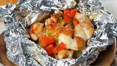 Try this Foliepakke p Camping Meals, Camping Recipes, Recipe Boards, Grilling Recipes, Barbecue, Potato Salad, Shrimp, Food Porn, Fresh