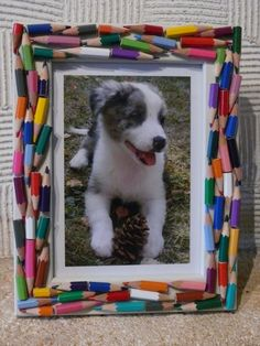 DIY Tuesday – Simple and Brilliant Christmas Gift Ideas !: - Up Cycled Crafts Ideas Diy Craft Projects, Diy Arts And Crafts, Crafts For Kids, Diy Photo Frame Cardboard, Cadre Photo Diy, Pencil Crafts, Diy Toy Storage, Lego Pictures, Frame Crafts