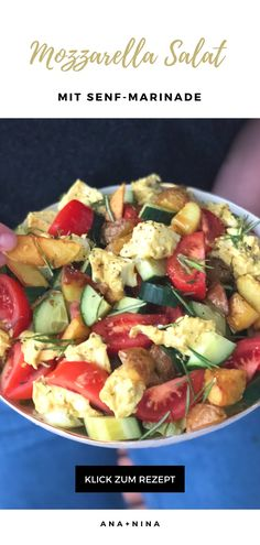 Wie Du Deine Salat Rezepte etwas aufpeppen kannst? Probier es mal mit diesem Mozzarella Salat Rezept mit herrlich würziger Senf-Marinade!   Mozzarella Salat | Salat Rezepte | Salat Marinade | Marinierter Mozzarella | Rezepte mit Mozzarella