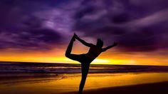 Reach for your wildest dreams! . . . . .  #beach #beachlife #allyouneedisecuador #montanita #ocean #waves #Ecuador #manabi #travel #neverstopexploring #tan #sunshine #coast #instagood #mytravelgram #travelblogger #happy #feelgood #southamerica #sunset #yogainspiration #yoga #yogabeach #inspiration #yogi #motivation #beachworkout