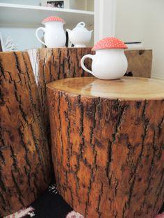 diy-tree-stump-tables