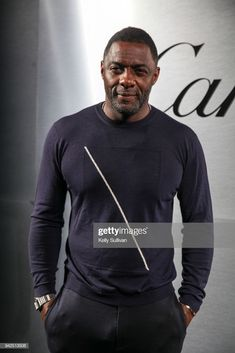 Actor Idris Elba arrives on the red carpet for the Santos de Cartier. Best Movie Actors, Good Movies, Actor Idris, Virgo Season, Cartier Tank, Idris Elba, Chris Pine, Film Industry, Celebs