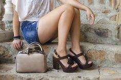 """Los bolsos Mini son la clave para este año """"Cuanto más pequeño mejor"""" anímate a usalos, encuentra increíbles diseños en la nueva colección Handbags de Cklass #oodt #ss16 #spring #summer #boho"""