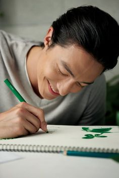 Cutie <3 <3 <3 <3 <3 <3 <3 #Smile Credit: Daniel Henney Gallery on FB <3