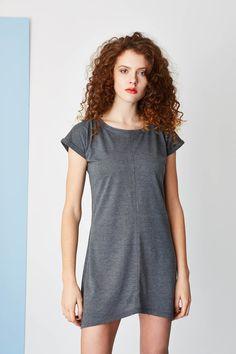Jersey basic dress. #summerdress Spring Summer 2015, Hair Makeup, Shirt Dress, T Shirts For Women, Summer Dresses, Model, Collection, Tops, Fashion