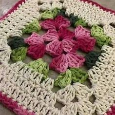 Crochet Afghans, Crochet Motifs, Crochet Blocks, Crochet Flower Patterns, Afghan Crochet Patterns, Crochet Flowers, Crochet Ideas, Pattern Flower, Point Granny Au Crochet
