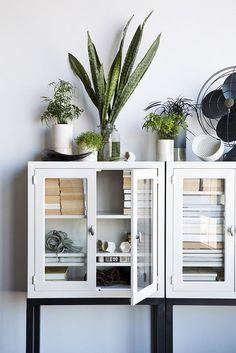 great cabinet / Nicole Franzen Photography