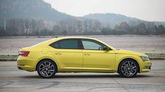 Škoda predstavila Superb s paketom opreme Sportline Dragon Skin, Bmw, Cars, Vehicles, Google Search, Gold, Autos, Car, Car