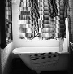 black and white blog ~