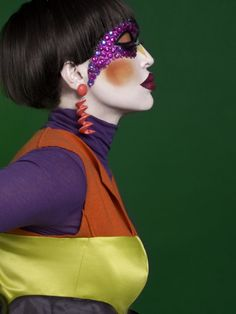 Color Blocks and Porcelain Face - Clear in its contrast of a complementary colour range of mossy green, saturated orange, golden yellow and various nuances of purple. 'Beauty Linder', Styling Kattaca, Photo Gregorio Triviño for BG Magazine nº 044 POP.
